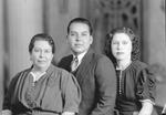 Dolores, Augustin, Aurora Esparza